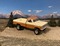 1973 Ford F-100 4x4 Lifted Custom 1/64 Diecast Truck Farm Off Road 4WD Mud