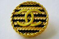 1 pieces Vintage  Chanel button price for 1   💔 24 mm