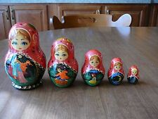 Set of 5 Russian Nesting Dolls