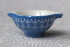 Dolls house miniatures: blue patterned porcelain bowl from France