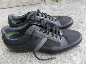 Hugo Boss Mens Black Trainers UK Size 9.5
