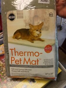 "K&H Pet Products Thermo-Pet Mat Heated Pet Bed  14"" x 28"""