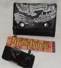 NEW WITH TAGS HOGWARTS  BLACK/SILVER HARRY POTTER TRIFOLD WALLET