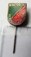 Empor Klein Wanzleben football DDR vintage crest badge pin anstecknadel