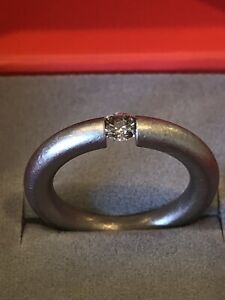 Niessing Tension Ring - 18K Sand Gray Gold / 0.25 ct. Champagne Diamond