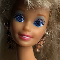 Vintage 1966/1976 Mattel Barbie Doll Silver Earrings Twist N Turn Blue Rare Eyes