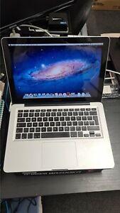 Apple MacBook Pro A1278 Intel Core i5 2.4Ghz, 4GB RAM, 500GB HDD Mac OS X