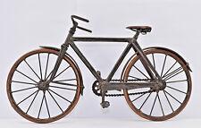 Modèle réduit artisanal vélo ancien métal cuivre