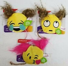 SmartyKat Smiley Face Cat Toy 100% Catnip Feathers 3 Pet Stimulation Playing New