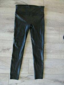 NEW! Gorgeous ! Spanx Faux Leather Croc Leggings in Black sz M