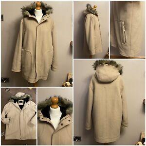 Men's duck and cover heavy winter coat with hood size medium wool mix beige