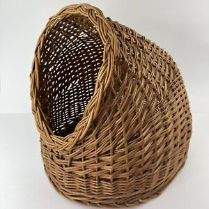 Vintage Wicker Cat House Cave Bed