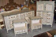 John Widdicomb 6 Piece French Provincial Bedroom Suite – Ornate Details – Wood