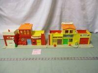 Fisher Price Little People Town Play Family Village 997 CC Fire Mail box