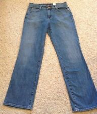 """Nice Eddie Bauer Lightwash Women's 8 Jeans 31"""" Inseam"""