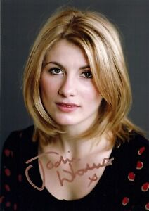 JODIE WHITTAKER AS HERSELF SIGNED AUTOGRAPH 6x4 inches PRE PRINED PHOTO DR WHO