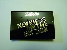 NEW KIDS ON THE BLOCK LOGO PLASTIC PIN PINBACK UNUSED STORE DEAD STOCK NKOTB