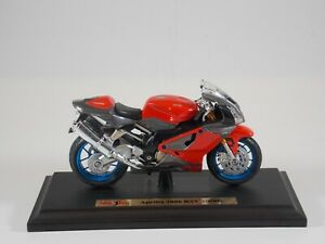 Maisto Die Cast Metal Motorcycle. Aprilia 2006 RSV 1000R. 1:18 Scale. MIB