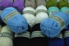 Lot de 20 pelotes de laine idéal layette bébé Première Textiles de la Marque