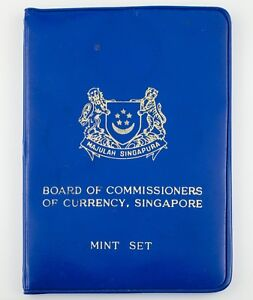 1970 Singapore Mint Set in Uncirculated Condition w/ Blue Envelope and Cards
