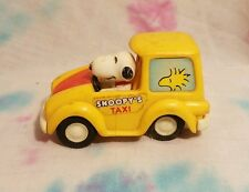 Charlie Brown Peanuts Snoopy Dog Car Snoopy's Taxi Aviva Toy