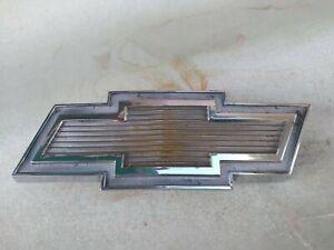 71-77 Chevy Van Grill Bowtie Emblem G10 G20 G30 OEM