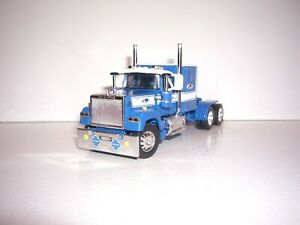 "DCP FIRST GEAR 1/64 MAINFREIGHT LOGOED MACK SUPER-LINER WITH 60"" SLEEPER"