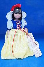 "Snow White 7"" Vinyl Doll Brynn Lee Middleton LE500  #17019 COA Numbered Signed"