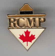 CANADA -RCMP -  lapel pin  with Maple leaf- P100