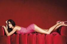 Adriana Lima Unsigned 8x12 Photo (68)
