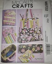 Crafts Knit Needle Organizer Pouch Satchels Bags Sewing Pattern/McCall's M5722/N
