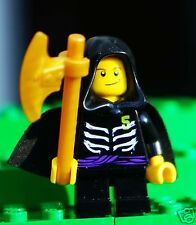Genuine LEGO Ninjago Minifigure LLOYD GARMADON w/ Gold Weapon - UNUSED