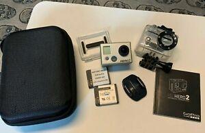 Camera sport / Gopro Hero 2 / avec Kit accessoires & housse transport