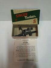Vintage Singer Tucker 160692