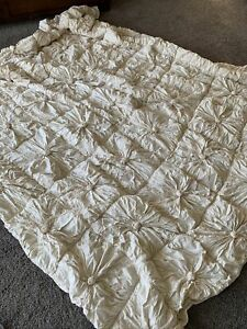 Sold Out-Anthropologie x Lazybones Organic Rosette King Quilt-Cream-$298 MSRP