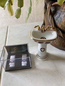 Dolls House Reutter Bathroom Set Porcelain Sink Plus Towels Accessories 1.12