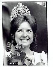 1972 Original Photo Katie Cominsky Crowned Western Electric Hello Charley Beauty