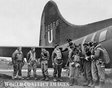 USAAF WW2 B-17 Bomber Crew After Mission 8x10 Photo 303rd BG Molesworth WWII