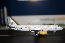 Gemini Jets 1:400 Vueling Airlines Airbus A320-200 EC-MEL GJVLG1491 Model Plane