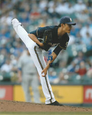 WEI CHUNG WANG SIGNED AUTO'D 8X10 PHOTO POSTER MILWAUKEE BREWERS NC DINOS B