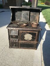Vintage Garland Cast Iron Stove Salesman Sample Miniature Pots Fry Pans Toys