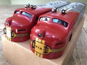 6-38312 Lionel Conventional Classic Santa Fe F-3 Diesel SHELLS ONLY W/ Box