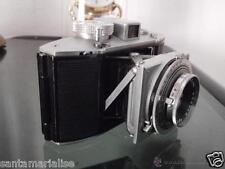 Antigua cámara alemana fotográfica de fotos fuelle plegable AGFA Karat año 1938