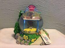 Westland Giftware Water Globe Figurine Chevrolet hilltop Drive in 2207