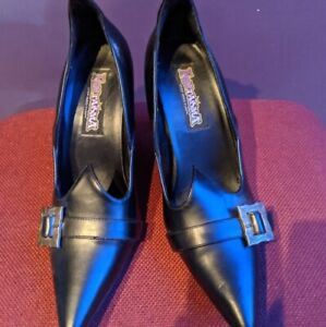 Funtasma Pleaser Gothic Black Witch Buckles Heels Pumps Shoes, size 9