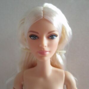 NEW! 2021 Barbie Signature Looks Tall Made To Move Victoria Blonde Doll ~ Nude