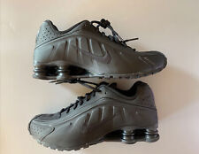 Nike Trainer Shox R4 Triple Black Shoe 104265-044 Men's Size 8.5 US