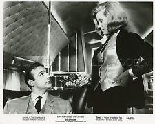 JAMES BOND 007 SEAN CONNERYHONOR BLACKMAN  GOLDFINGER 1964 VINTAGE PHOTO #34 R70