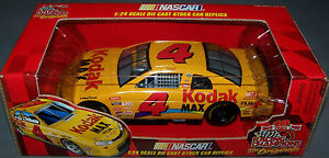 1999 RC 1/24 BOBBY HAMILTON #4 Kodak Max Chevrolet Monte Carlo - Later Issue
