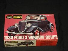 Life-Like Hobby Kits Collectors Series 1934 Ford 3 Window Coupe item no. 09308